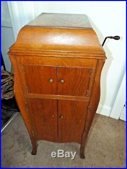 1918 Victor Victrola VV-X-A RARE OAK Phonograph Record Player WORKS GRT Refinish