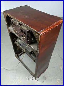 1939 Antique Art Deco Zenith 7S682 AM/Shortwave Console Radio with RECORD PLAYER