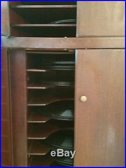 Antique Victrola 1921 Phonograph Record Player with 50+ records! WORKS GREAT