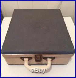 BRAUN Design DIETER RAMS Record player turntable PC3 suitcase MOMA NEW YORK