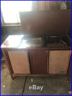 Mid Century Vintage Zenith Record Player Console Am Fm