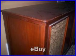 Vintage MID Century Zenith Console Stereo Record Player Radio