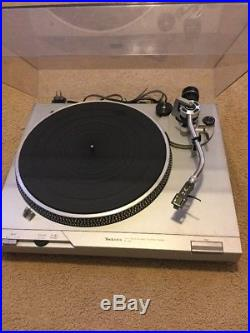 Vintage Technics Japan SL-D2 Direct Drive Automatic Turntable Record Player