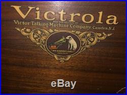Vintage Victor Victrola Record Player VV 8-30 51646