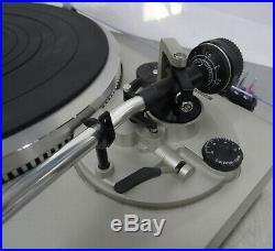 Vintage hifi record player Technics SL-Q3 direct drive turntable Plattenspieler