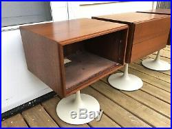 Vintage mid century speaker stands KLH model Twenty 20 Tulip base record player