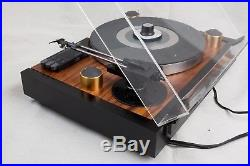 Vintage turntable Yamaha PF-800 Belt Driven Auto lift record player. Video